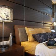 卧室床头灯装修灯光设计