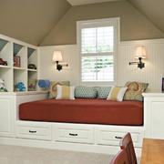 阁楼小榻榻米床设计