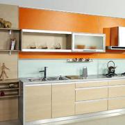 简约风格原木材料厨房装饰