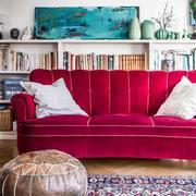 客厅书架置物台两用设计