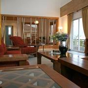 简约风格客厅楠木家具设计