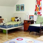 简约风格儿童房背景墙设计