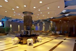 大型洗浴前厅设计