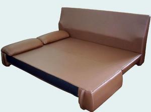 简约皮制沙发装修