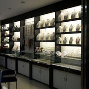 北欧风格展示柜装修