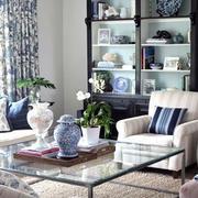 客厅青花瓷饰品装饰