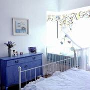 小户型卧室精致灯饰