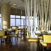 大型简约风格西餐厅效果图