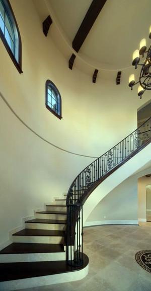 青春唯美浪漫的地中海风格的楼梯装修效果图