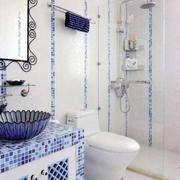 三室两厅蓝色卫生间设计