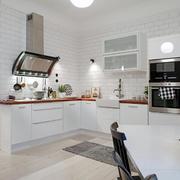 三室两厅厨房整体橱柜设计