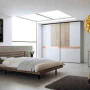 卧室创意圆形灯饰设计