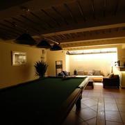 地下室台球桌设计