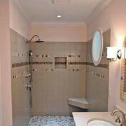 现代简约卫生间淋浴设计