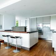 简约风格厨房吧台设计