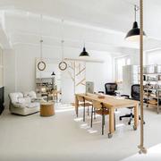 原木餐厅桌椅设计