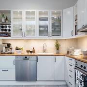别墅大型厨房橱柜装修