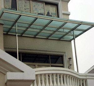 玻璃材质雨棚装修效果图
