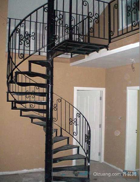 复式楼铁艺旋转楼梯装修效果图展示