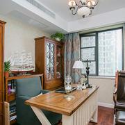 简欧原木材料书房设计
