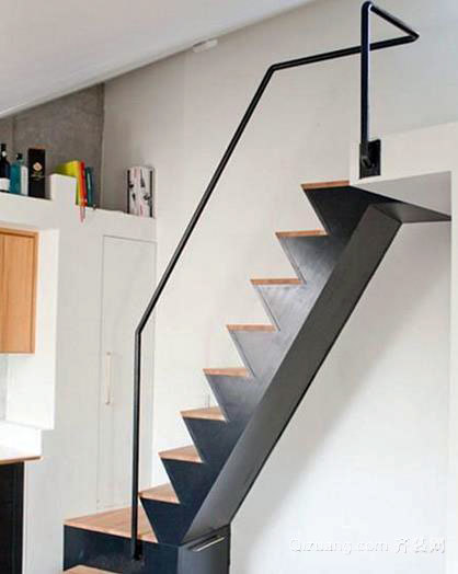 现代混搭简约的阁楼楼梯装修效果图大全