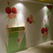轻快活泼彩绘墙装修