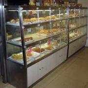 小型简约蛋糕店展柜
