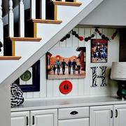 简约风格楼梯柜设计