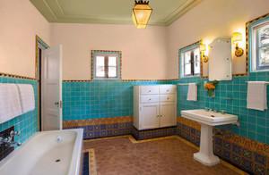 引领时尚的卫生间瓷砖效果图大全