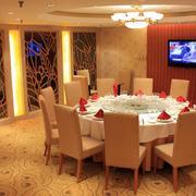 简约风格酒店餐厅电视墙设计