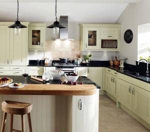 大气自由清爽的大户型开放式厨房装修设计效果图