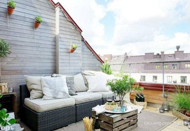 沐浴阳光:北欧风格清新小阳台装修效果图