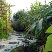 别墅花园幽径装修