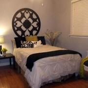 现代简约小卧室设计