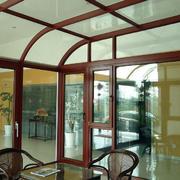 原木阳光房吊顶设计