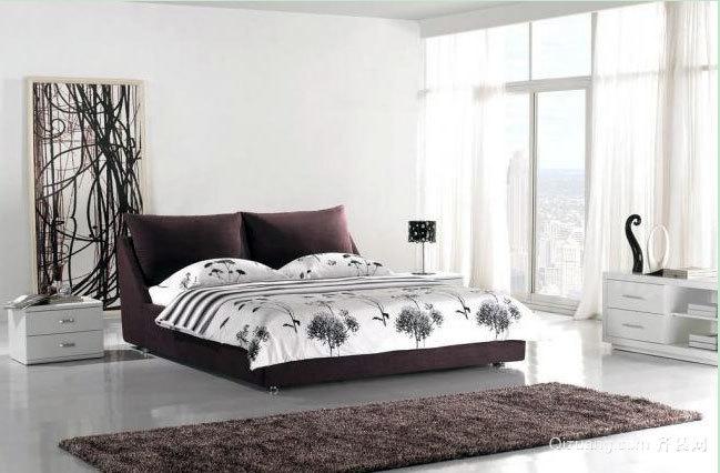 享受睡眠美容:不一样的浅色清新卧室装修效果图