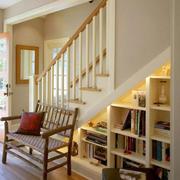 复式楼原木楼梯装修