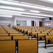 大学教室原木桌椅装修