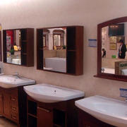 卫浴镜饰装修