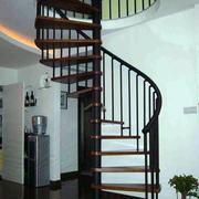 红木旋转楼梯装修