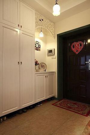 别墅欧式风格进门玄关鞋柜效果图