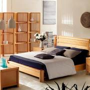 卧室原木色家具装修