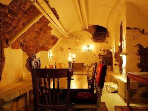 地下室餐厅装修设计