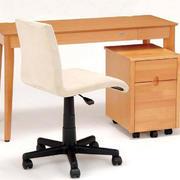 现代简约风格学习桌设计
