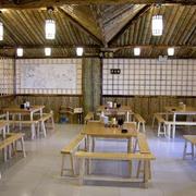 120平米饭店桌椅设计