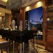 新房客厅酒柜设计