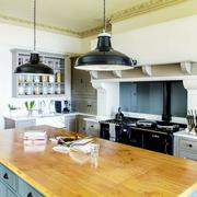 美式厨房餐桌装修