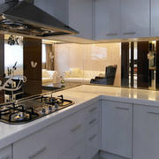 白色L型厨房橱柜设计