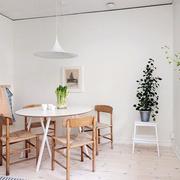 北欧风格简约桌椅装修