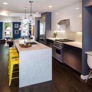 现代简约风格厨房吊顶设计